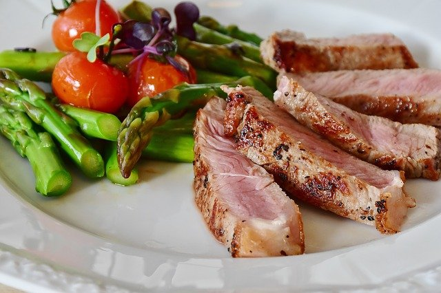 asparagus-and steak