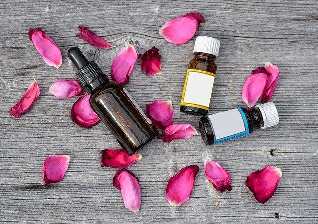 essential-oils- various bottles